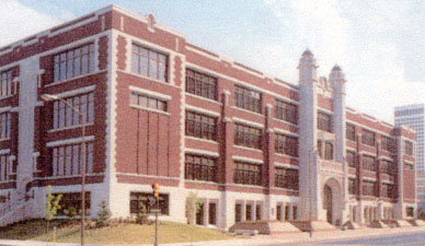 Central High School in 1917 at Opening, Sixth Street and Cincinnati Avenue, Tulsa, Oklahoma