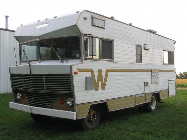 1971 Winnebago Brave Motorhome